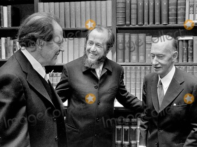 Alexander Solzhenitsyn Photo - Alexander Solzhenitsyn with Harry Martinsson and Eyvind Johnson 1974 Photo by Pt-Globe Photos Inc