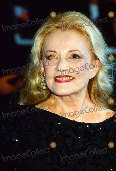 Jeanne Moreau Photo - Jeanne Moreau at Cannes Film Festival 1995 Photo by Uppa-ipol-Globe Photos Inc