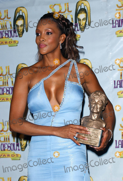 Lena Horne Photo - 9th Annual Soul Train Lady of Soul Music Awards Press Room at the Pasadena Civic Auditorium Pasadena CA 08232003 Photo by Fitzroy Barrett  Globe Photos Inc 2003 Vivica a Fox Honored with the Lena Horne Award