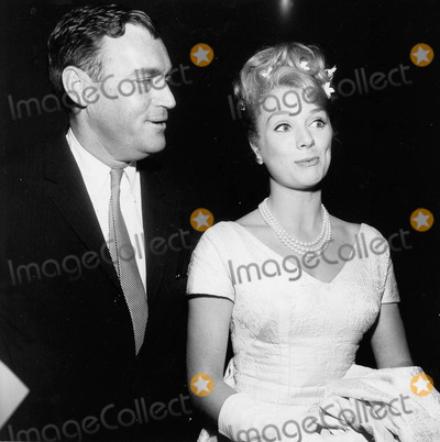 Inger Stevens Photo - Inger Stevens with Peter Kortner Producer at the Tv Guide awardssupplied by Globe Photos Inc