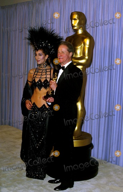 Don Ameche Photo - Academy Awardsoscars 13995 1986 Cher_don Ameche Photo by James ColburnipolGlobe Photosinc