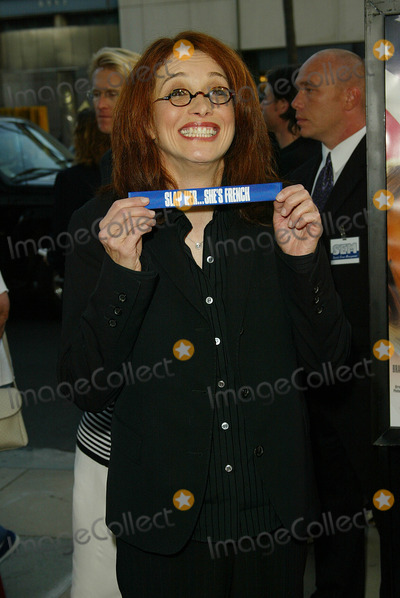 Melanie Mayron Photo - - Slap Her Shes French Movie Premiere Academy of Motion Picture Theatere Beverly Hills CA 082802 Photographer Fitzroy BarrettGlobe Photos Inc Melanie Mayron