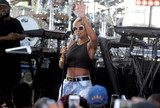 Photos From Mary J. Blige performs outside the 'TODAY' studio