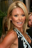 Kelly Ripa Photo - Archival Pictures - Globe Photos - 41036