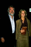 Kenny Rogers Photo - Kenny Rogers with Marianne Gordon 12-1980 11496 Photo by Phil Roach-ipol-Globe Photos Inc