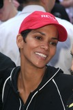 Halle Berry,John B Photo - Revlon Runwalk For Women New York City