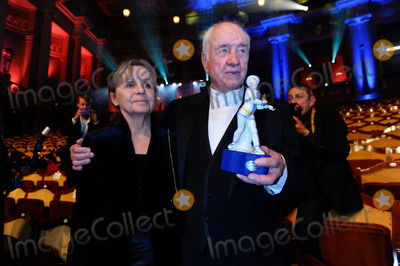 Armin Mueller-Stahl Photo - Armin Mueller-Stahl Gabrielle Scholz35Verleihung Bayerischer Filmpreis im Prinzregententheater am 18012014 in Muenchen