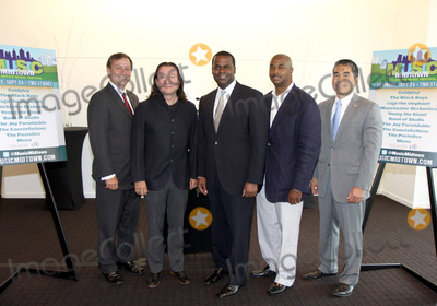 Alex Wan Photo - July 6 2011 - Atlanta GA - (l-r) William Pate of the Mayors Office of Special Events Peter Conlon of LiveNation Atlanta Mayor Kasim Reed City Councilmen Kwanza Hall and Alex Wan A press conference was held at the downtown W Hotel to announce the return of the Music Midtown Music Festival with headliners Coldplay  Atlantas Mayor Kasim Reed along with Peter Conlon of LiveNation made the announcement Photo credit Dan HarrAdMedia