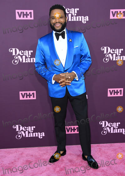 Anthony Anderson Photo - 03 May 2018 - Los Angeles California - Anthony Anderson VH1s 3rd Annual Dear Mama A Love Letter to Moms held at The Theatre at ACE Hotel Photo Credit Birdie ThompsonAdMedia