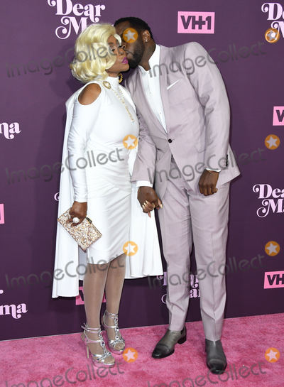 Sean Diddy Combs Photo - 03 May 2018 - Los Angeles California - Janice Combs Sean Diddy Combs VH1s 3rd Annual Dear Mama A Love Letter to Moms held at The Theatre at ACE Hotel Photo Credit Birdie ThompsonAdMedia