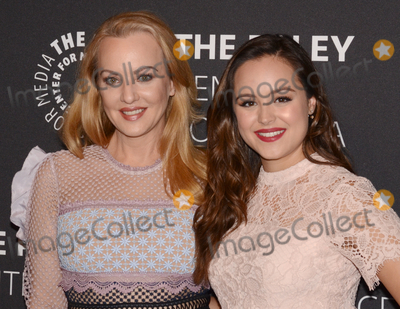 Wendy McLendon-Covey Photo - 17 October 2017 - Beverly Hills California - WENDI MCLENDON-COVEY and HAYLEY ORRANTIA Paley Center For Media Presents The Goldbergs 100th Episode Celebration held at The Paley Center for Media Photo Credit Billy BennightAdMedia