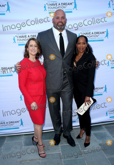 Andrew Whitworth Photo - 31 March 2019 - Los Angeles California - Pamela Miller Andrew Whitworth Regina King I Have A Dream Foundation Los Angeles Hosts 6th Annual Dreamer Dinner Benefit at Skirball Cultural Center Photo Credit Faye SadouAdMedia
