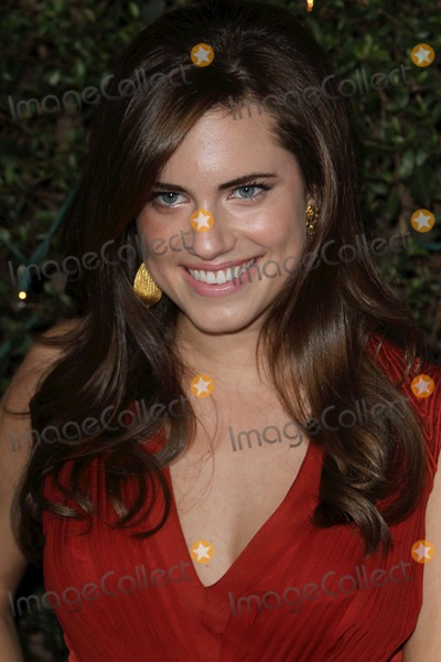 Allison Williams Photo - 13 December 2010 - Westwood California - Allison Williams How Do You Know Los Angeles Premiere held at the Regency Village Theater Photo Credit Charles HarrisAdMedia Photo Charles HarrisAdMedia