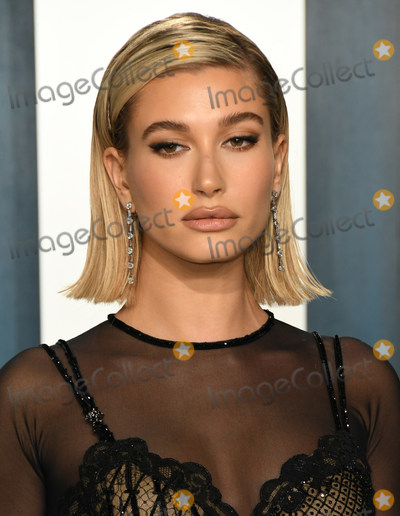 Hailey Baldwin Photo - 09 February 2020 - Los Angeles California -  2020 Vanity Fair Oscar Party following the 92nd Academy Awards held at the Wallis Annenberg Center for the Performing Arts Photo Credit Birdie ThompsonAdMedia