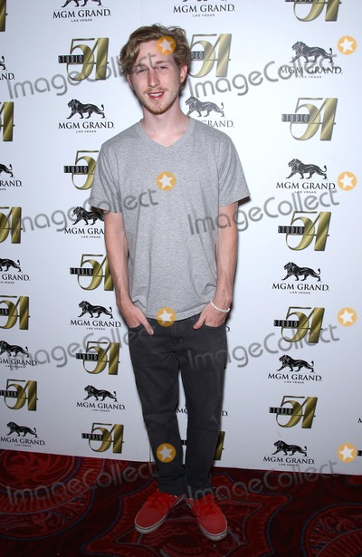 Asher Roth Photo - 06 August 2011 - Las Vegas Nevada - Asher Roth  Asher Roth concert after party at Studio 54 inside the MGM Grand Resort Hotel and Casino  Photo Credit MJTAdMedia