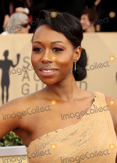 Amanda Warren Photo - 21 January 2018 - Los Angeles California - Amanda Warren 24th Annual Screen Actors Guild Awards Arrivals held at the Shrine Auditorium in Los Angeles Photo Credit AdMedia