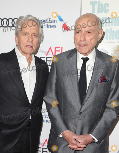 Alan Arkin Photo - 10 November 2018-  Hollywood California - Michael Douglas Alan Arkin AFI FEST 2018 Presented By Audi - Gala Screening Of The Kominsky Method held at TCL Chinese Theatre Photo Credit Faye SadouAdMedia