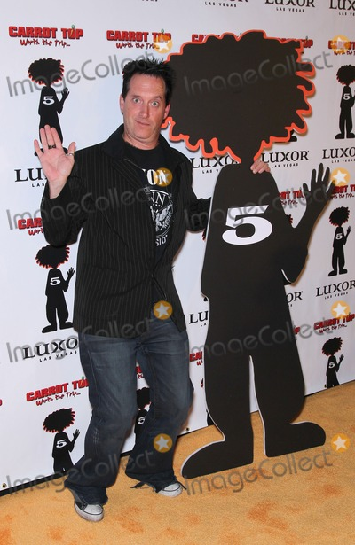 Anthony Cools Photo - 20 December 2010 - Las Vegas Nevada - Anthony Cools Carrot Top celebrates 5 years at the Luxor Photo MJTAdMedia