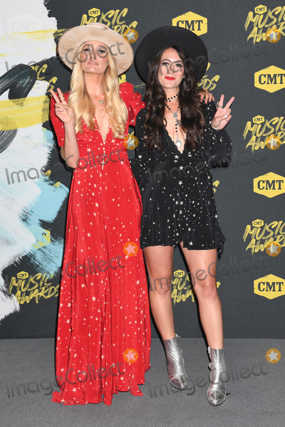 Alyssa Bonagura Photo - 06 June 2018 - Nashville Tennessee - Alyssa Bonagura Ruby Stewart 2018 CMT Music Awards held at Bridgestone Arena Photo Credit Laura FarrAdMedia