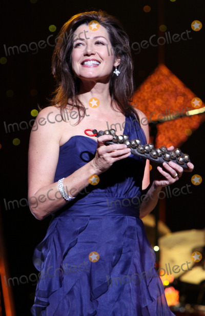 Amy Grant Photo - December 20 2010 - Atlanta GA - Amy Grant Vince Gill and Amy Grant brought their 12 Days of Christmas show to the historic Fox Theater and performed holiday favorites for a sold-out crowd Photo Dan HarrAdMedia