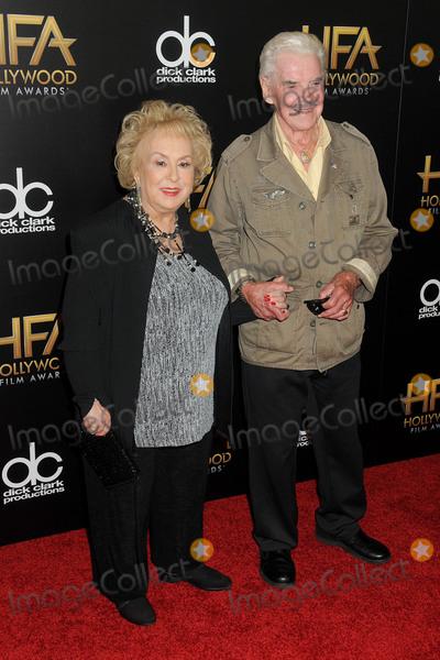 Doris Roberts Photo - 1 November 2015 - Beverly Hills California - Doris Roberts Jack Betts 19th Annual Hollywood Film Awards - Arrivals held at the Beverly Hilton Hotel Photo Credit Byron PurvisAdMedia