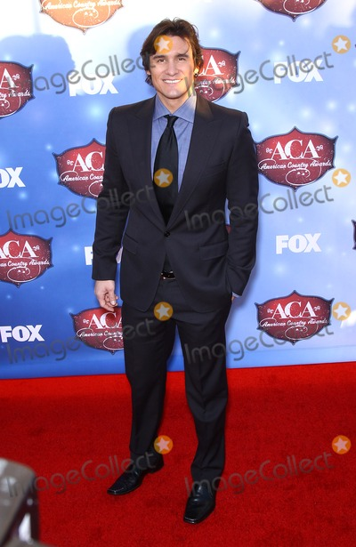 Joe Nichols Photo - 10 December 2013 - Las Vegas Nevada - Joe Nichols  2013 American Country Awards Arrivals at Mandalay Bay Resort Hotel and Casino Photo Credit mjtAdMedia