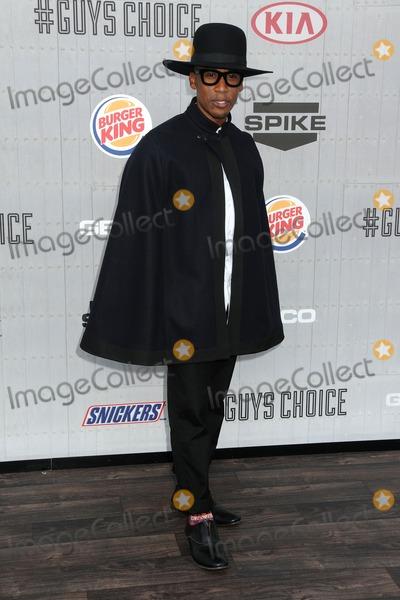 Raphael Saadiq Photo - 7 June 2014 - Culver City California - Raphael Saadiq Spike TVs 2014 Guys Choice Awards held at Sony Pictures Studios Photo Credit Byron PurvisAdMedia