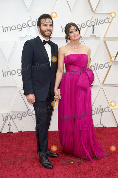 Idina Menzel Photo - 09 February 2020 - Hollywood California - Aaron Lohr and Idina Menzel 92nd Annual Academy Awards presented by the Academy of Motion Picture Arts and Sciences held at Hollywood  Highland Center Photo Credit AMPASAdMedia