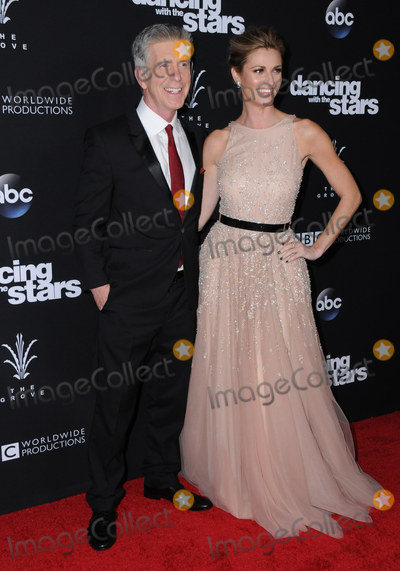 Erin Andrews Photo - 22 November 2016 - Los Angeles California Tom Bergeron Erin Andrews ABCs Dancing With The Stars Season 23 Finale held at The Grove Photo Credit Birdie ThompsonAdMedia