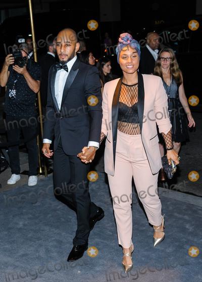 Alicia Keys Photo - 07 September 2016 - New York New York- Swizz Beatz Alicia Keys Tom Ford - Arrivals - September 2016 - New York Fashion Week Photo Credit Mario SantoroAdMedia
