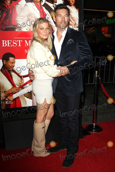TCL Chinese Theatre Photo - 05 November 2013 - Hollywood California - LeAnn Rimes Eddie Cibrian The Best Man Holiday Los Angeles Premiere held at TCL Chinese Theatre Photo Credit Kevan BrooksAdMedia
