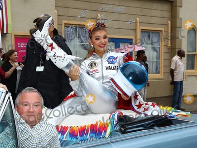 Alabama Photo - 08 September 2018 - Atlantic City NJ- Miss Alabama Callie Regan Walker  2019 Miss America Pageant Show Us Your Shoes parade on the Atlantic City Boardwalk  Photo Credit MJTAdMedia