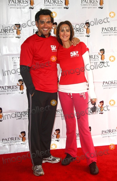 Angelica Castro Photo - 26 February 2011 - Pasadena California - Cristian de la Fuente and Angelica Castro Padres 4th Annual Stand For Hope Charity 5K RunWalk held at The Rose Bowl Photo Credit Tonya WiseAdMedia Photo Tonya WiseAdMedia