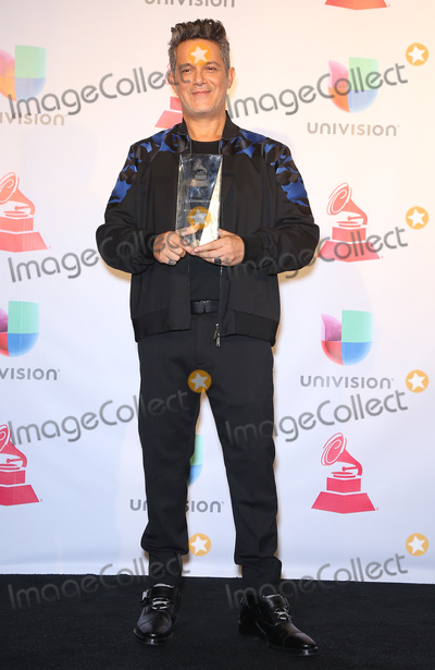 Alejandro Sanz Photo - 16 November 2017 - Las Vegas NV - Alejandro Sanz  2017 Latin Grammy Photo Room at MGM Grand Garden Arena Photo Credit MJTAdMedia