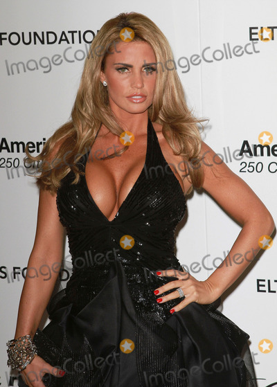 Katie Price Photo - 27 February 2011 - West Hollywood California - Katie Price aka Jordan 19th Annual Elton John AIDS Foundation Academy Awards Viewing Party held at The Pacific Design Center Photo Credit Faye SadouAdMedia Photo Faye SadouAdMedia