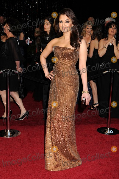 Aishwarya Ray Photo - 27 February 2011 - Hollywood California - Aishwarya Rai 83rd Annual Academy Awards - Arrivals held at the Kodak Theatre Photo Byron PurvisAdMedia