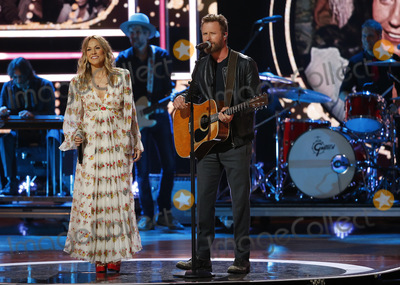 Sheryl Crowe Photo - 17 October 2018 - Nashville TN - Sheryl Crow Dierks Bentley 2018 CMT Artists of the Year held at the Schermerhorn Symphony Center Photo Credit Frederick BreedonAdMedia