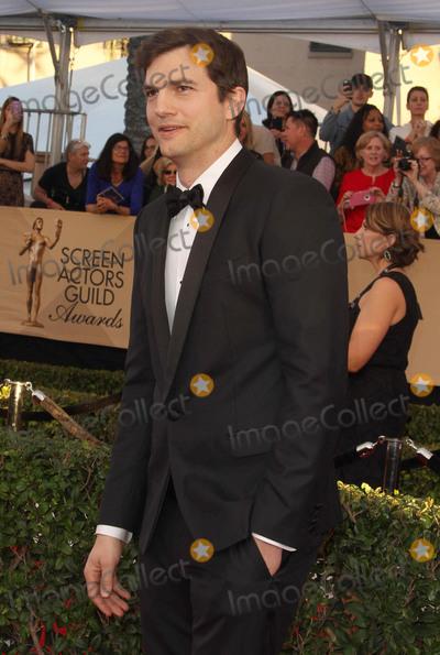 Ashton Kutcher Photo - 29 January 2017 - Los Angeles California - Ashton Kutcher 23rd Annual Screen Actors Guild Awards held at The Shrine Expo Hall Photo Credit AdMedia
