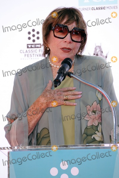 Shirley Maclaine Photo - 27 March 2015 - Hollywood California - Shirley MacLaine Christopher Plummer Hand  Footprint Ceremony held at the TCL Chinese Theatre Photo Credit Byron PurvisAdMedia