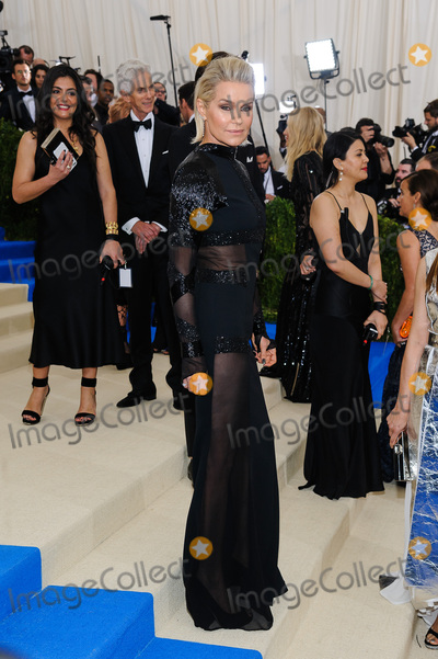Yolanda Hadid Photo - 01 May 2017 - Yolanda Hadid 2017 Metropolitan Museum of Art Costume Institute Benefit Gala at The Metropolitan Museum of Art Photo Credit Christopher SmithAdMedia