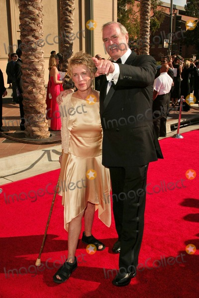 Alice Faye Photo - John Cleese and wife Alice Faye at the 2004 Emmy Creative Arts Awards Shrine Auditorium Los Angeles CA 09-12-04