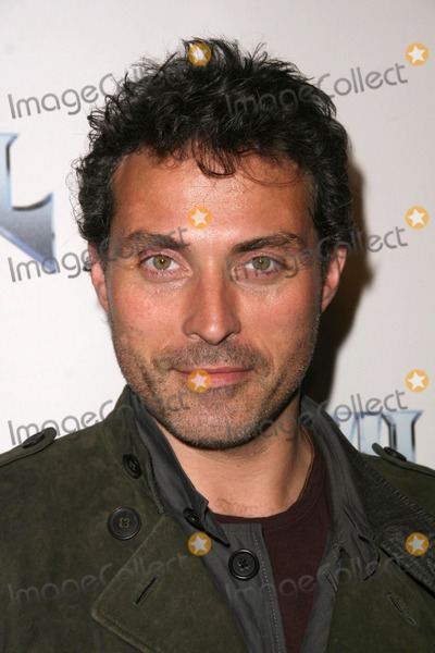 Anvil Photo - Rufus Sewell at the Los Angeles Premiere of Anvil The Story of Anvil The Egyptian Theatre Hollywood CA 04-07-09