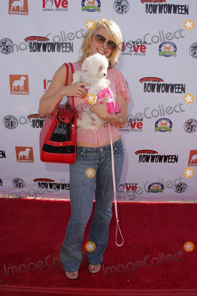 Bow Wow Photo - Tamie Sheffieldat the Fourth Annual Much Love Animal Rescue Bow Wow Ween Barrington Dog Park Los Angeles CA 10-30-05