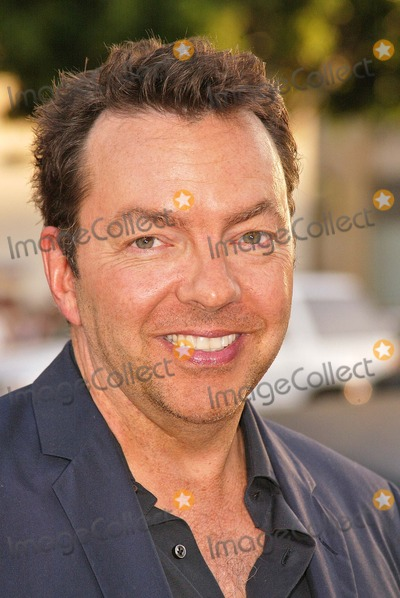 Alan Poul Photo - Producer Alan Poul at the 4th Season Premiere of HBOs series Six Feet Under at Graumans Chinese Theater Hollywood CA 06-02-04