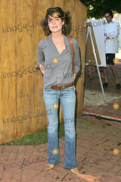 Lara Shriftman Photo - Lara Flynn Boyle at the party honoring Lara Shriftman and Elizabeth Harrison and the launch of their new book Fete Accompli The Ultimate Guide To Creative Entertaining at a private residence Malibu CA 08-28-04