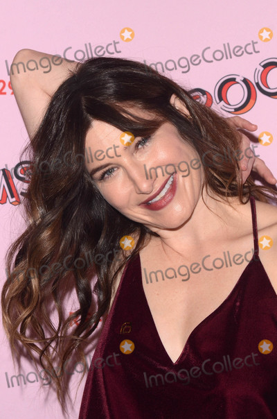 Kathryn Hahn Photo - Kathryn Hahnat the 29Rooms West Coast Debut presented by Refinery29 ROW DTLA Los Angeles CA 12-06-17