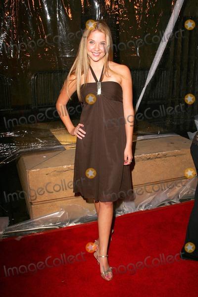 Ashley Benson Photo - Ashley Bensonat the world premiere of Kids In America Egyptian Theatre Hollywood CA 10-17-05