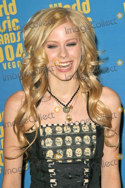 Avril Lavigne Photo - Avril Lavigne at the 2004 World Music Awards in the Thomas Mack Arena at UNLV Las Vegas NV 09-15-04