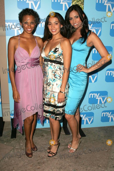 NICOLE PULLIAM Photo - Nicole Pulliam with Natalie Martinez and Donna Feldmanat the MyNetworkTV TCA Presentation featuring the shows Desire and Fashion House The Ritz Carlton Pasadena CA 07-20-06