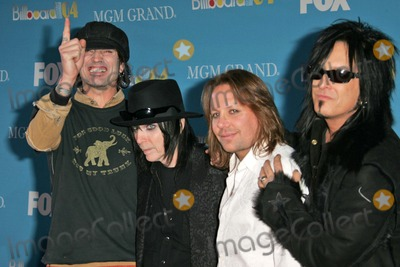Motley Crue Photo - Motley Crue at the 2004 Billboard Music Awards - Arrivals MGM Grand Garden Arena Las Vegas NV 12-08-04